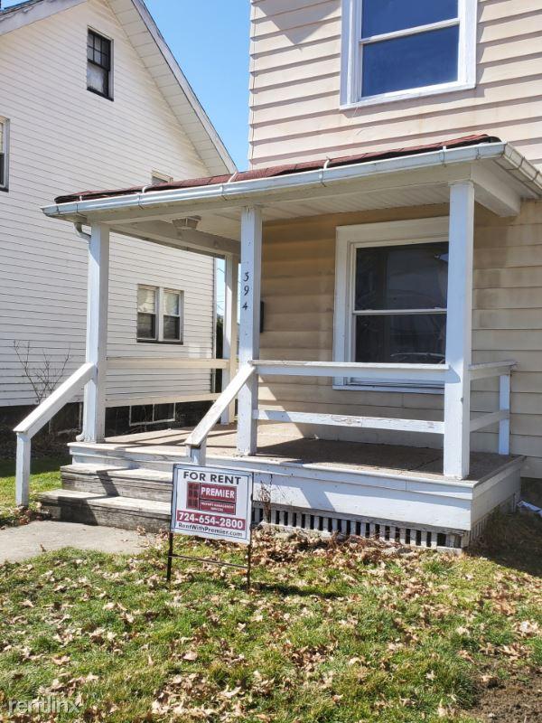 394 Cedar Avenue, Sharon, PA - $650 USD/ month
