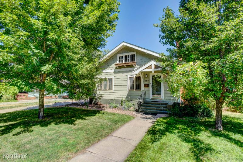 13th Ave, Greeley, CO - $2,150 USD/ month