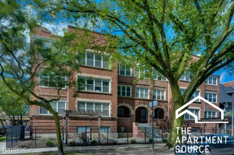 N Winthrop Ave, Chicago IL - 2495USD / month