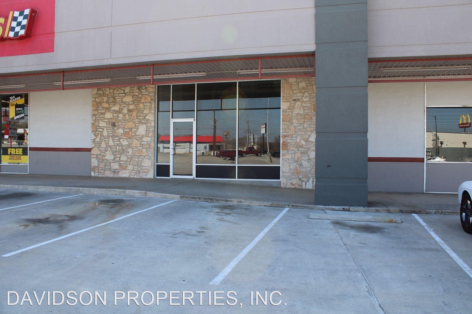 11419 Perrin Beitel Rd, San Antonio, TX - $2,700 USD/ month