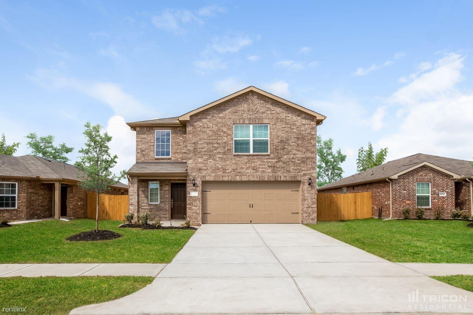 325 Summer Horse Drive, La Marque, TX - $1,675 USD/ month
