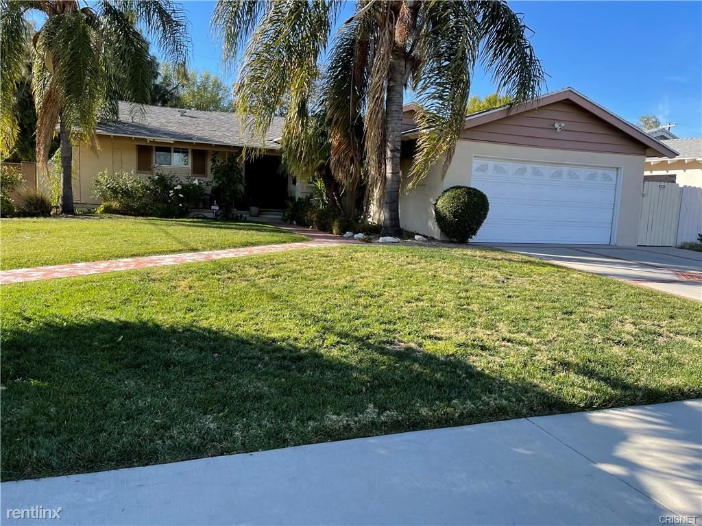 7401 Sausalito Ave, West Hills, CA - $4,950 USD/ month