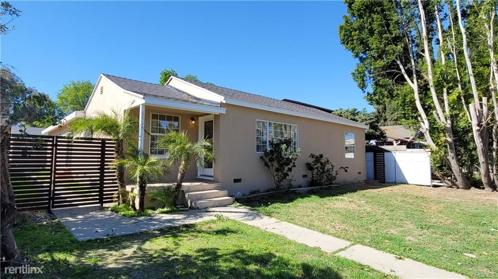 6715 Corbin Ave, Winnetka, CA - $2,950 USD/ month