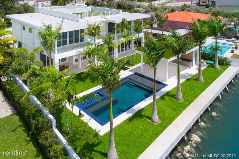 3465 N Meridian Ave, Miami Beach, FL - $97,000 USD/ month