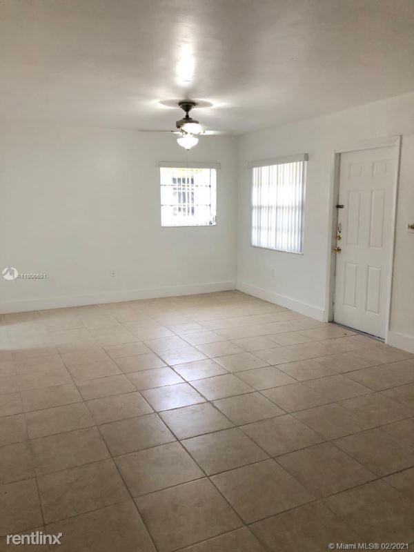 10812 SW 5th St # 10812, Stuart FL, Sweetwater, FL - $2,200 USD/ month