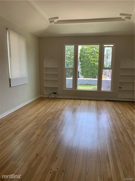 451 N Hayworth Ave, West Hollywood, CA - $4,400 USD/ month