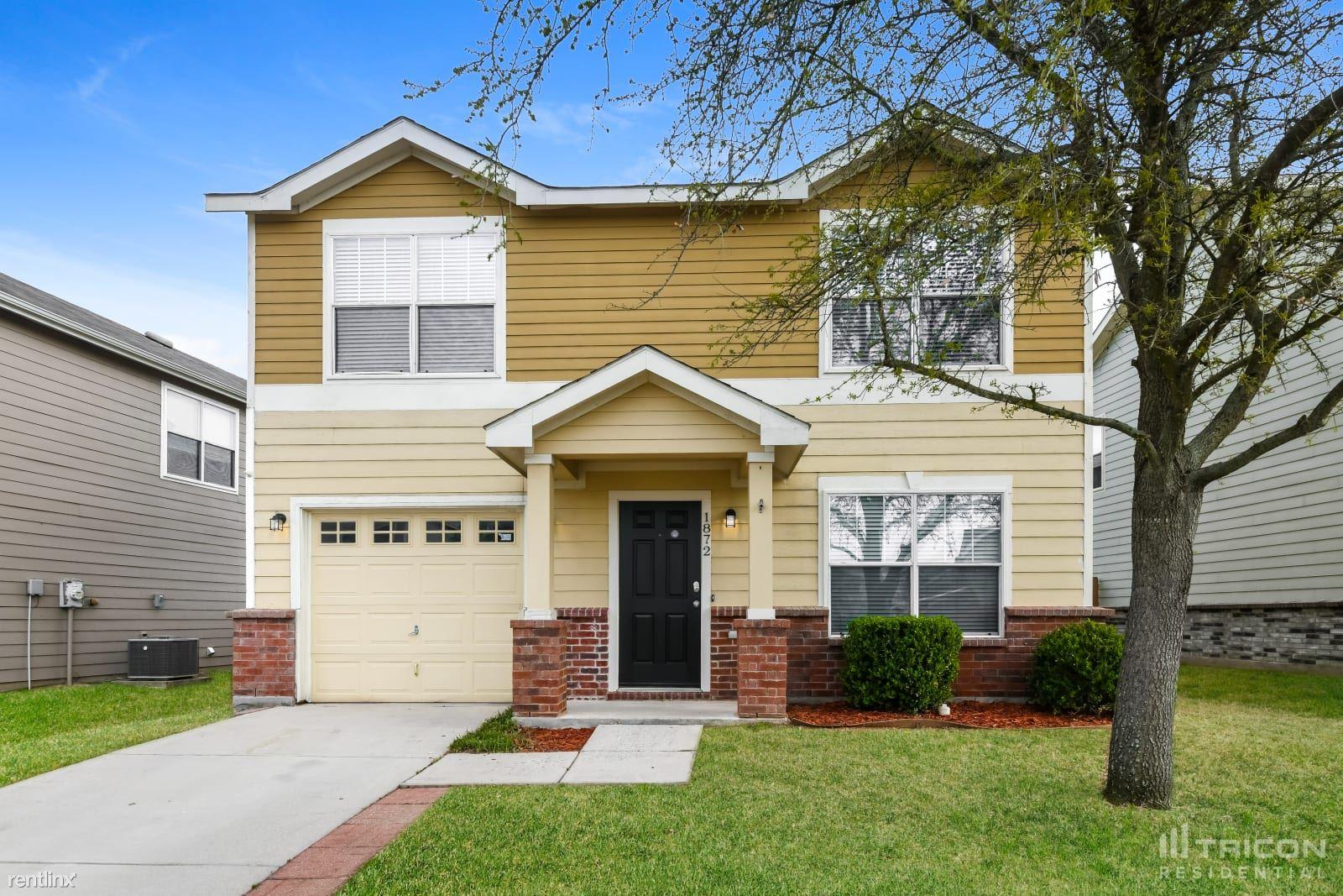 1872 Wickham Drive, Burleson, TX - $1,699 USD/ month