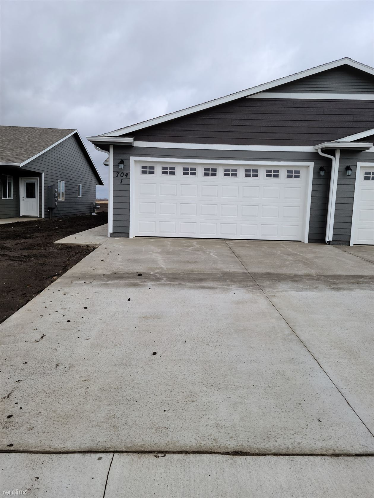 704 Justus Ave Unit 1, Harrisburg, SD - $1,650 USD/ month
