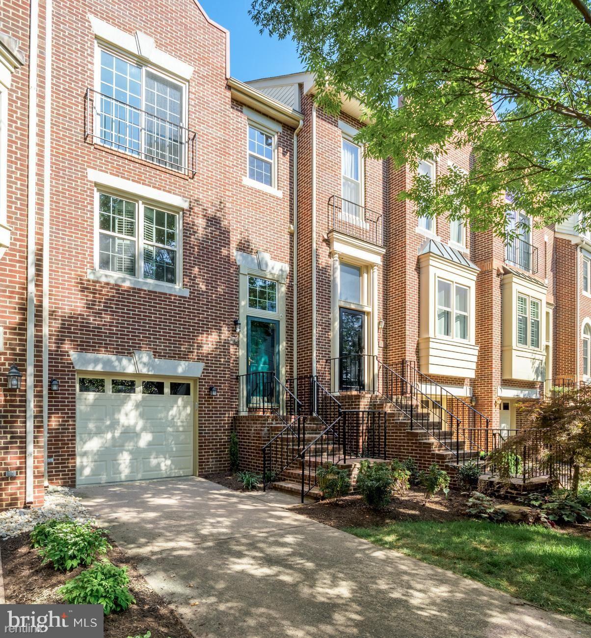 3904 Charles Ave, Alexandria, VA - $3,200 USD/ month