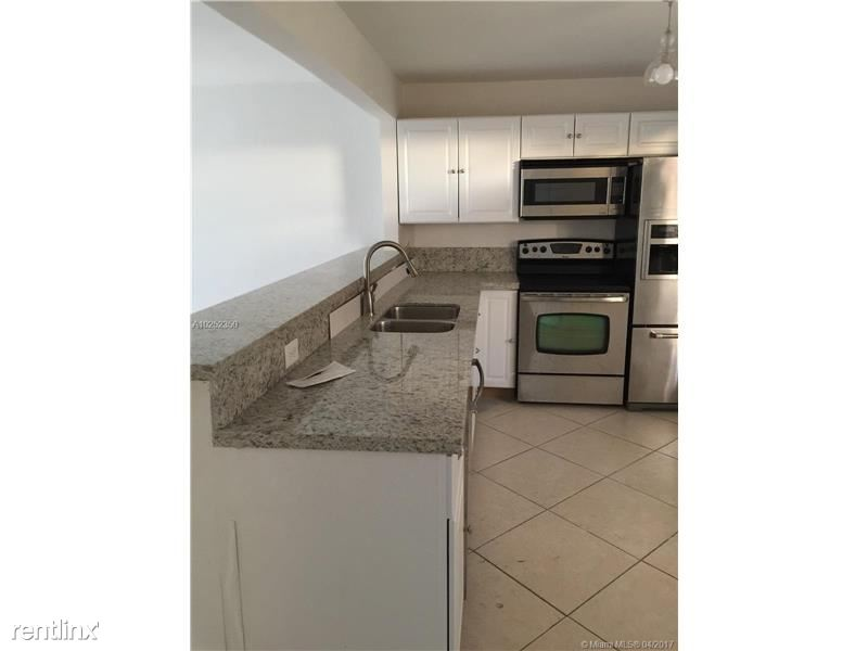 17890 W Dixie Hwy, North Miami Beach, FL - $1,650 USD/ month