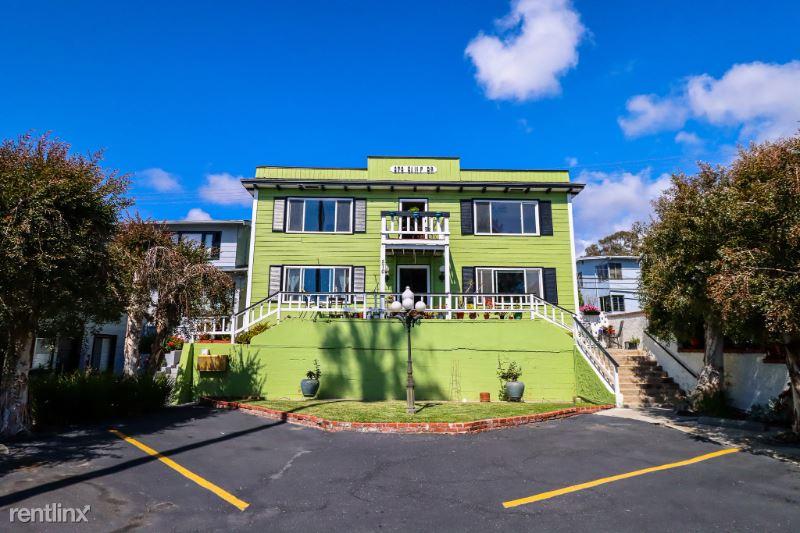 270 Cliff Dr 12, Laguna Beach, CA - $1,895 USD/ month