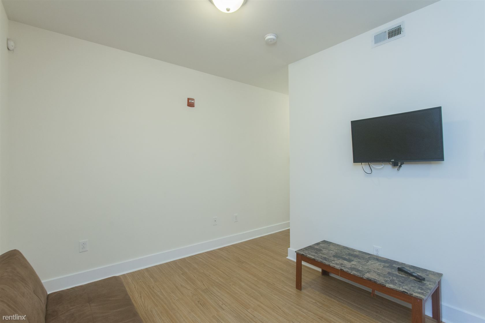 3835-37 HAMILTON ST Unit 11, Philadelphia, PA - $550 USD/ month