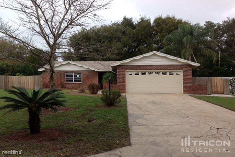 1108 Fountainhead Drive, Deltona, FL - $1,549 USD/ month