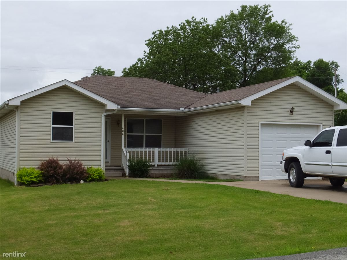 606 Valley View St, Carl Junction, MO - $775