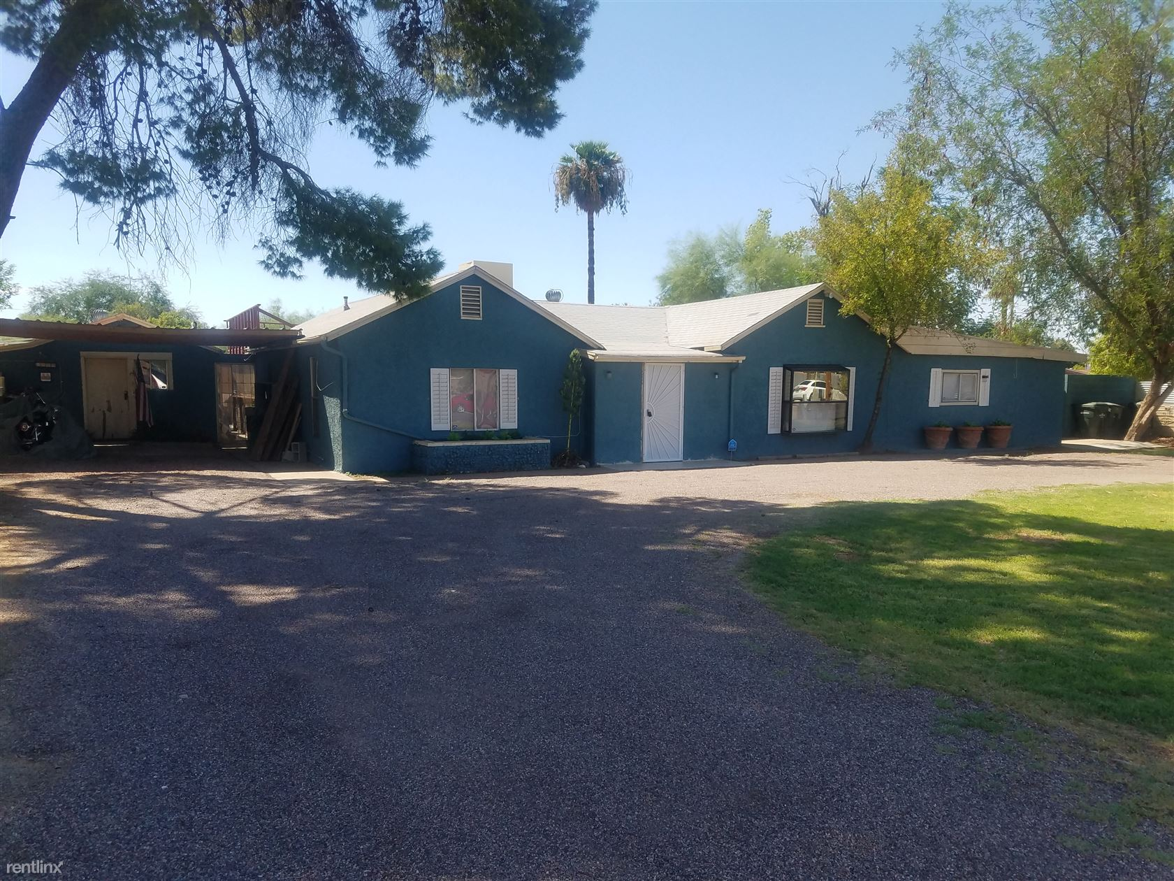 6440 S. 7th St Front - 2100USD / month