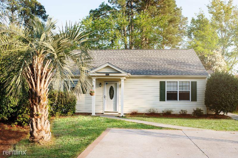6851 King Arthur Dr, Myrtle Beach, SC - $1,300 USD/ month