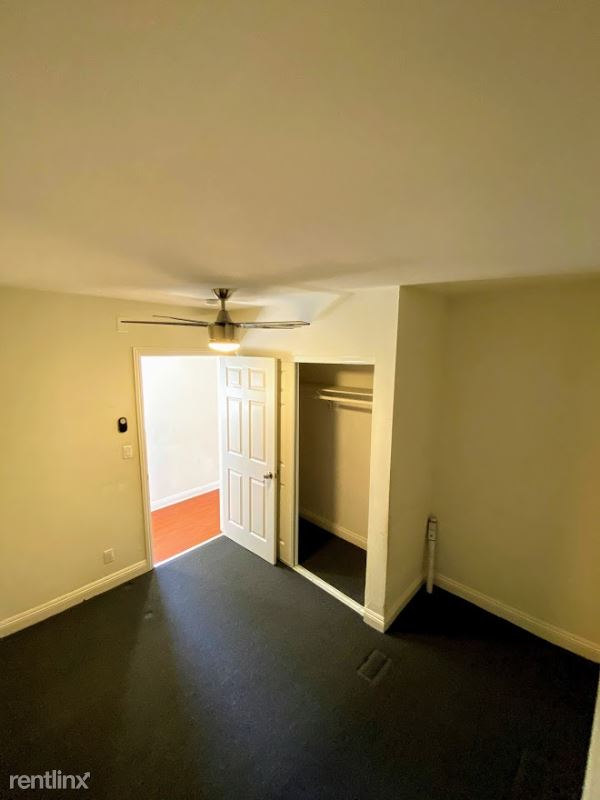 1328 W 74th St Room3, Los Angeles, CA - $750 USD/ month