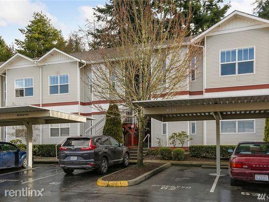 164th St SW, Lynnwood, WA - $800 USD/ month