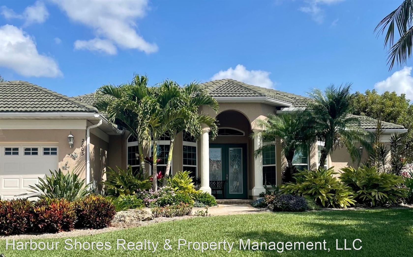 2803 SW 39th Terrace, Cape Coral, FL - $3,500 USD/ month