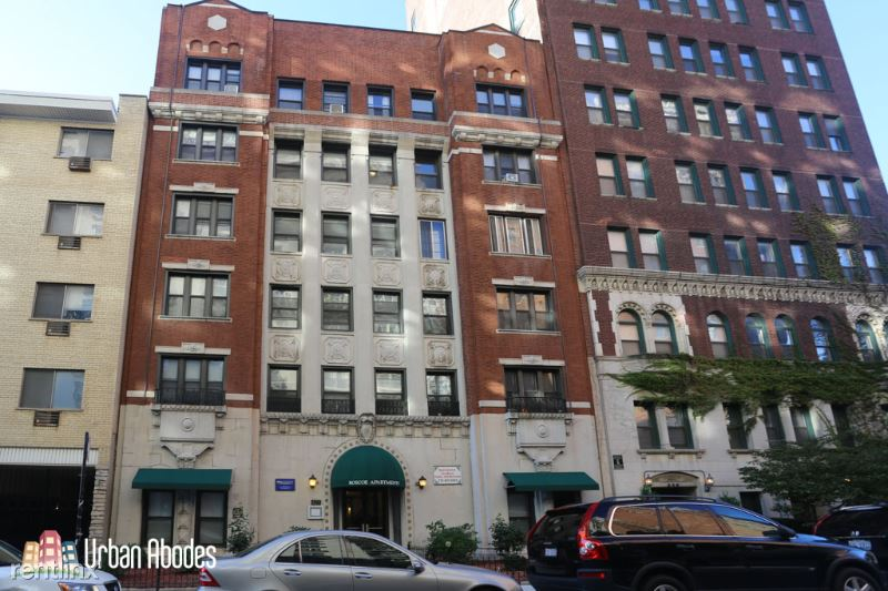 425 W Roscoe St 110, Chicago, IL - $715 USD/ month