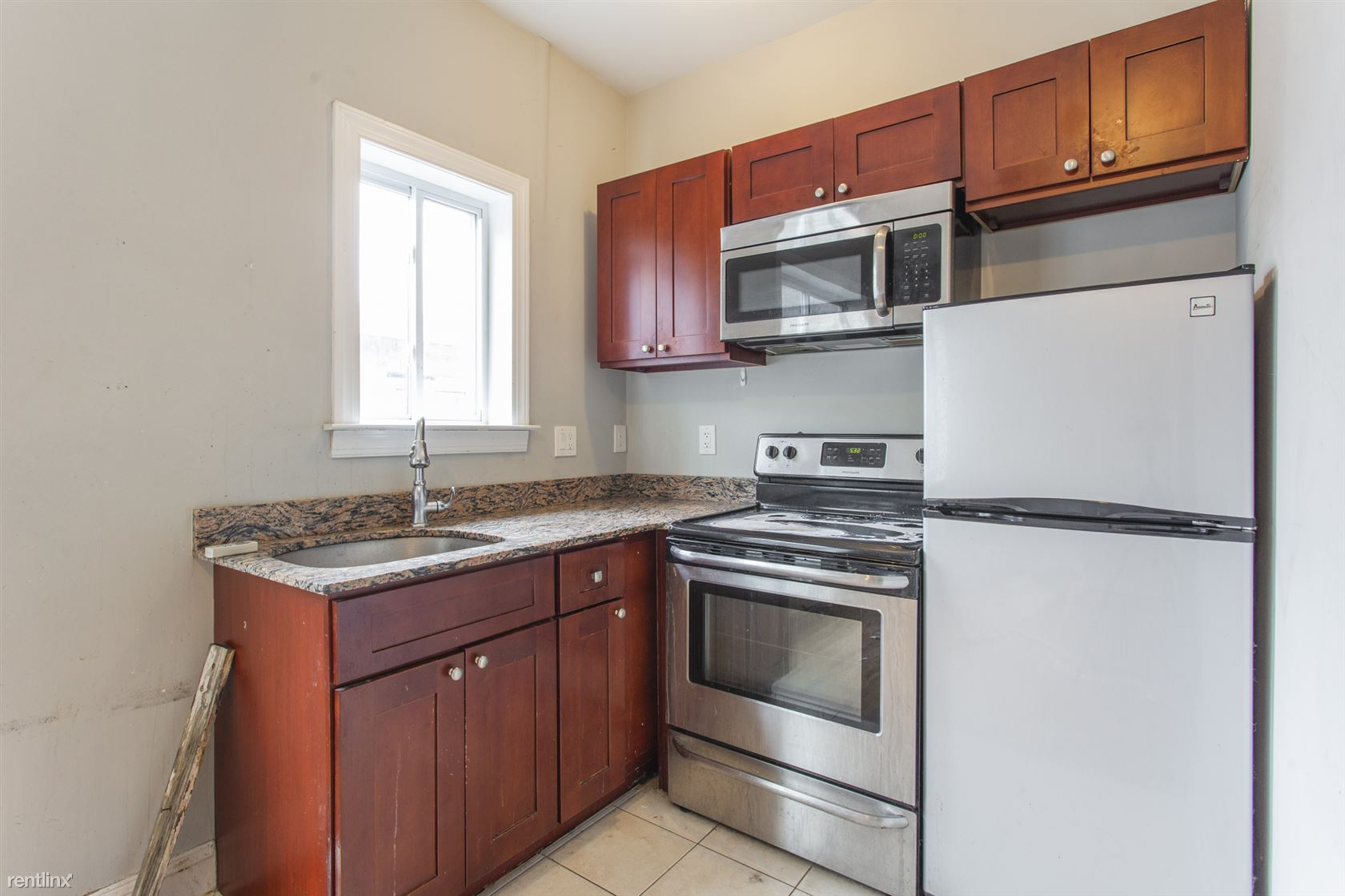 1707 W Master ST Unit 6, Philadelphia, PE - $1,095 CAD/ month