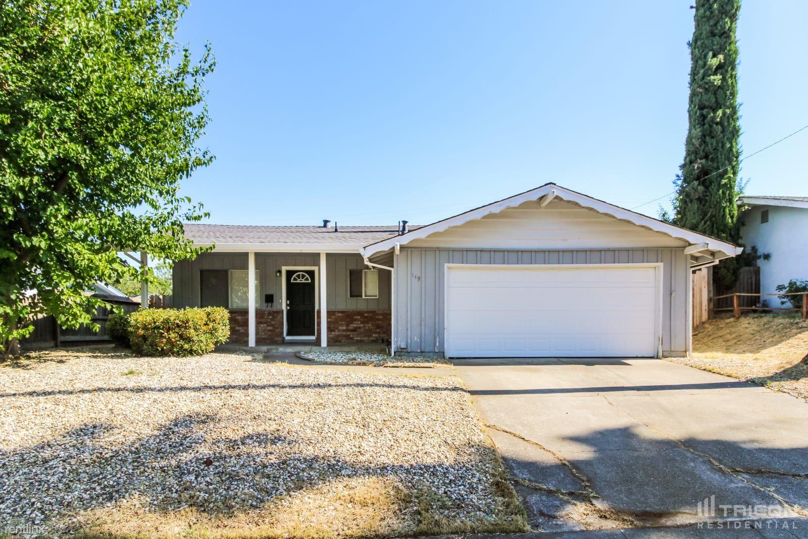 149 Highland Avenue, Vacaville, CA - $2,560 USD/ month