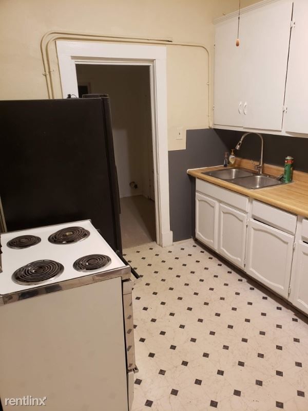 2723 2nd Ave 4, Pueblo, CO - $850 USD/ month