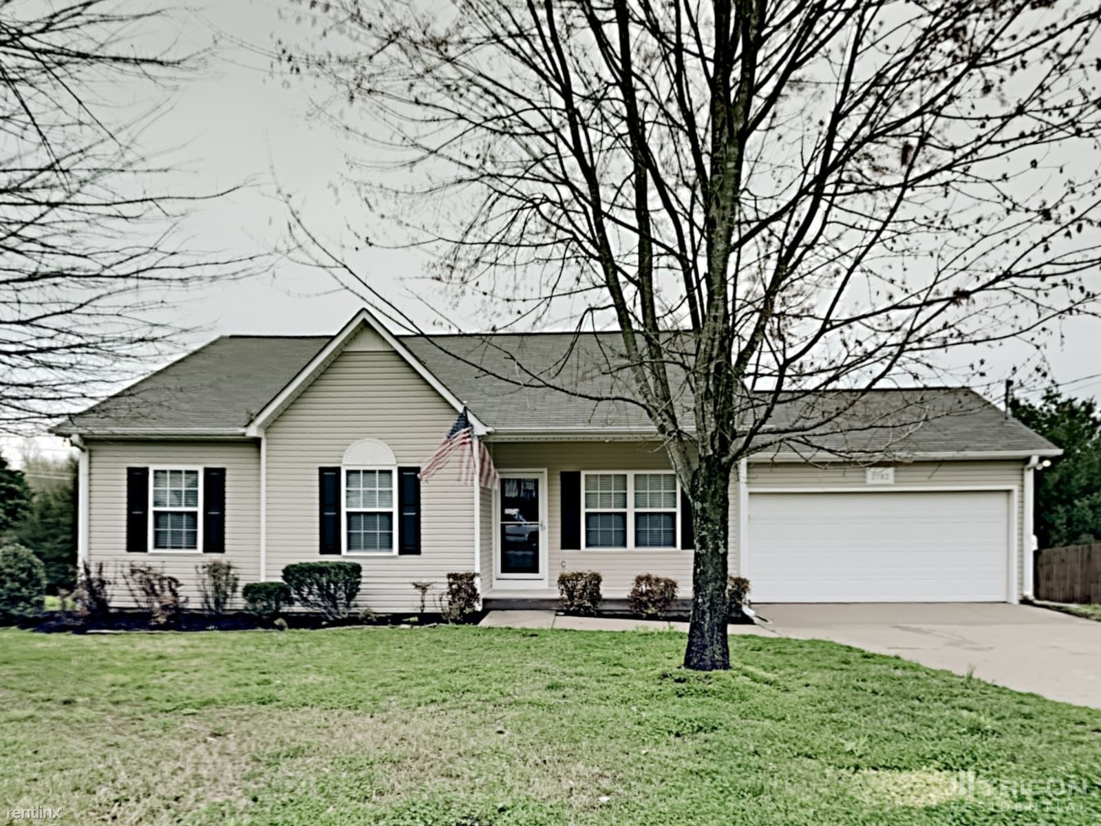 2782 Belle Meade Place, Columbia, TN - $1,649 USD/ month