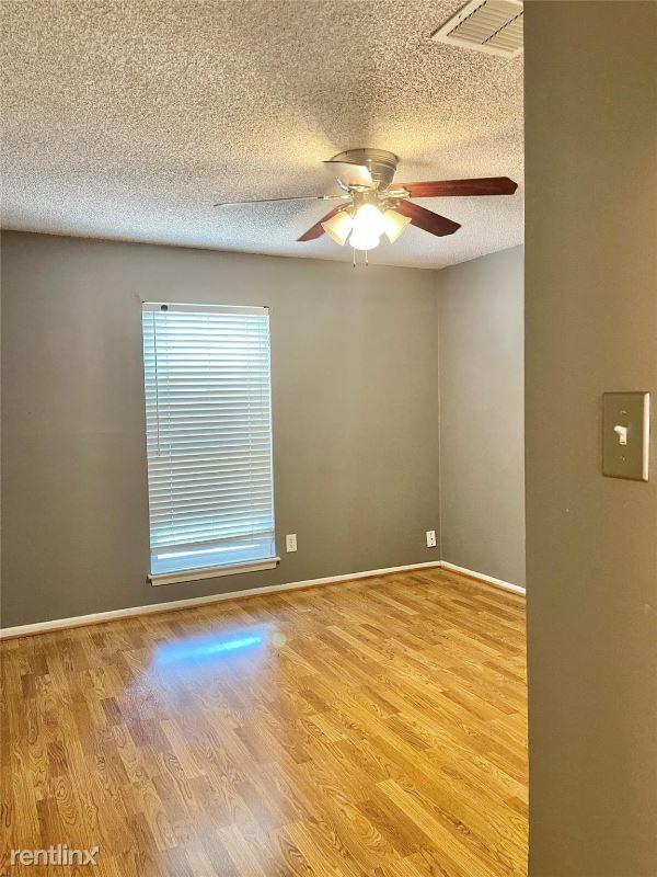 13019 Cricket Hollow Lane, Cypress, TX - $1,900 USD/ month
