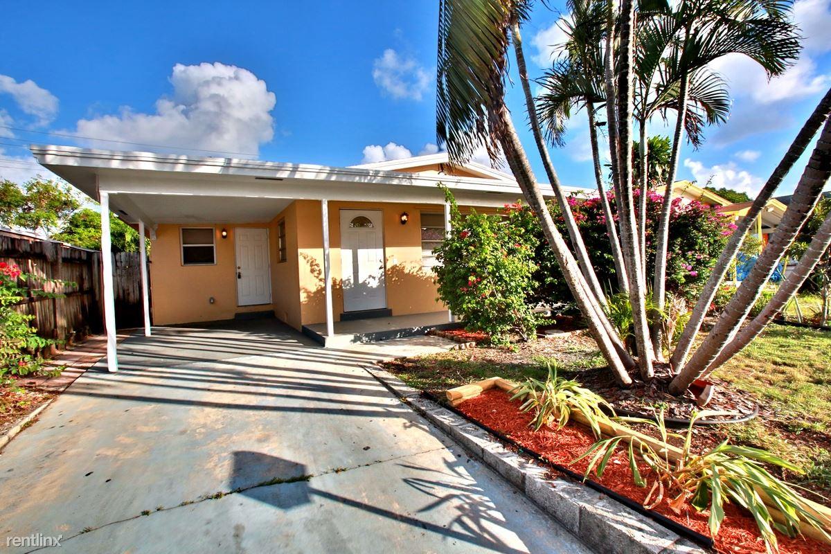 516 N F Street, Lake Worth, FL - $1,899 USD/ month