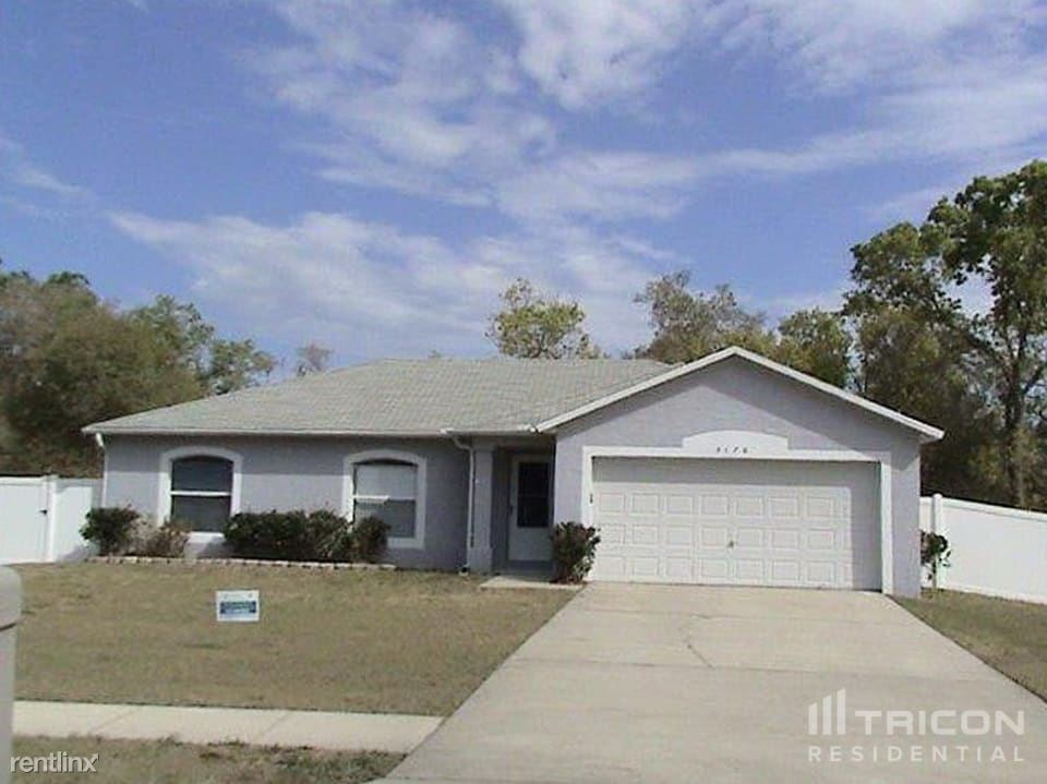 3176 Shafton Avenue, Deltona, FL - $1,549 USD/ month