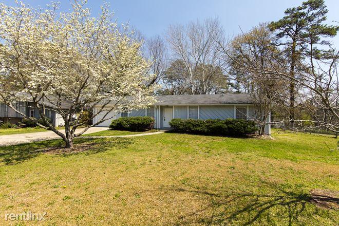 6779 Ridgewood Drive, Pinson, AL - $1,199 USD/ month
