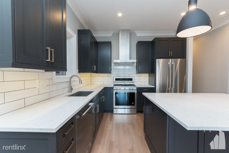 2319 N Southport Ave 1s, Chicago, IL - $5,600 USD/ month