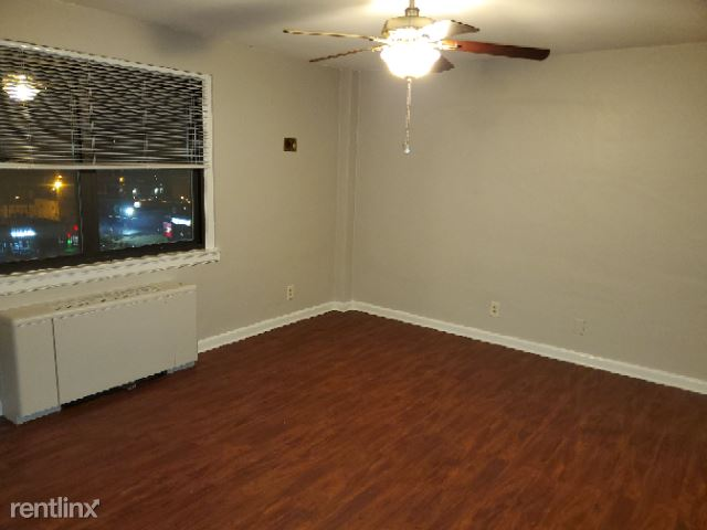 3320 Bardstown Rd, Louisville, KY - $1,095 USD/ month