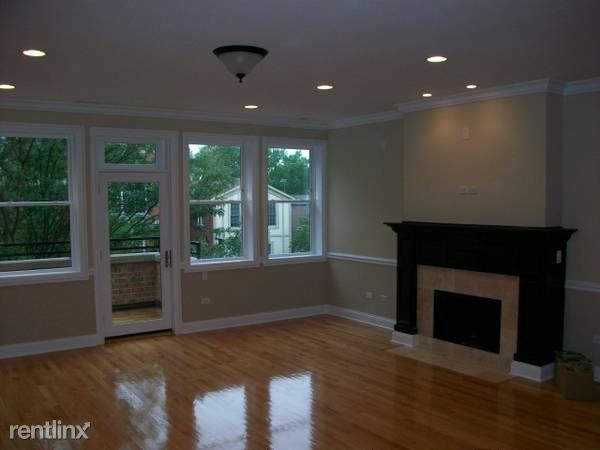 2847 N Southport Ave 3, Chicago, IL - $5,200 USD/ month