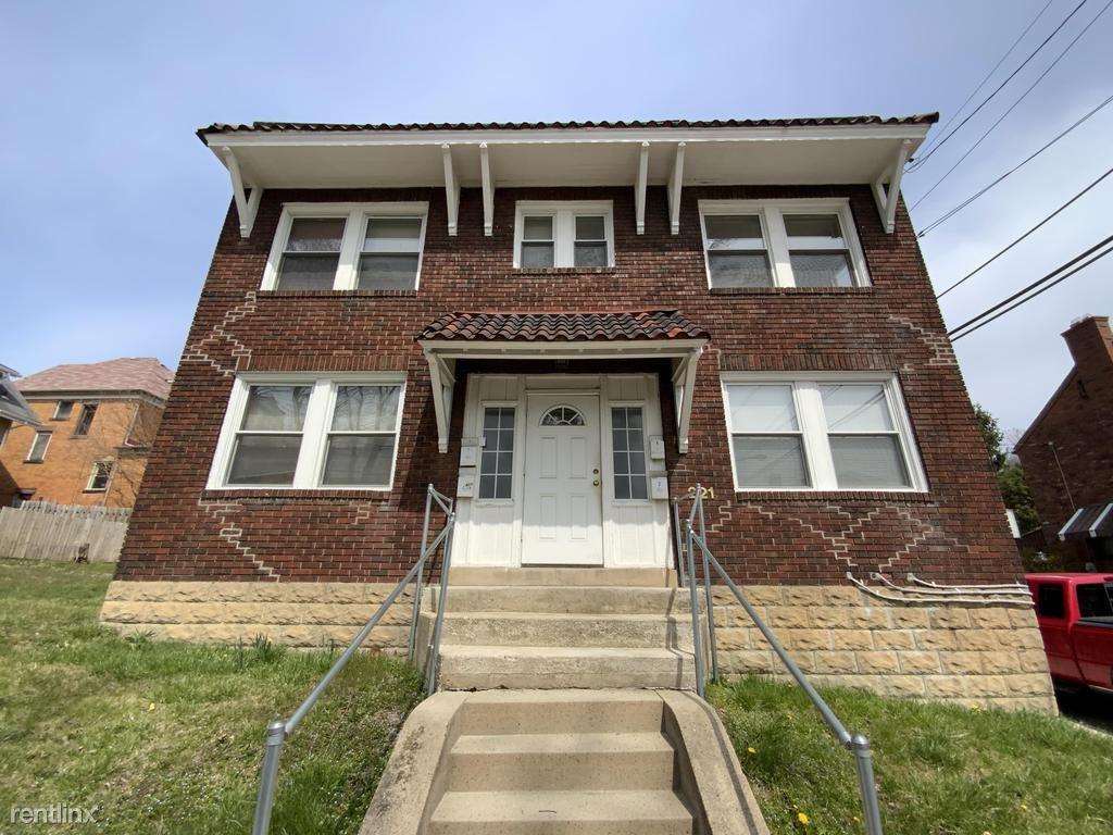 221 Sterrett Street Apt 4, Pittsburgh, PA - $700 USD/ month