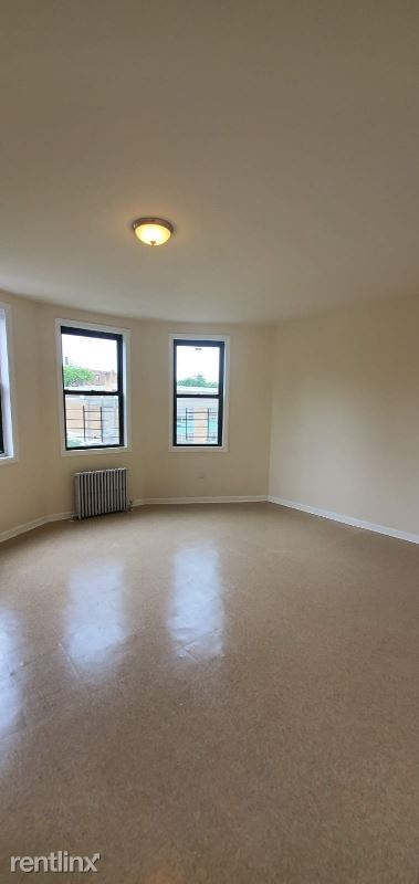 149 N Broadway, Yonkers, NY - $2,600 USD/ month