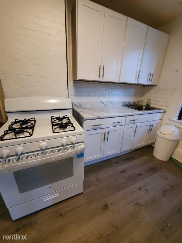 58 Grand St, New Rochelle NY, New Rochelle, NY - $2,400 USD/ month