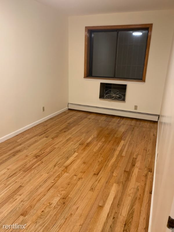 9034 52nd Ave #1, Elmhurst, NY - $1,700 USD/ month
