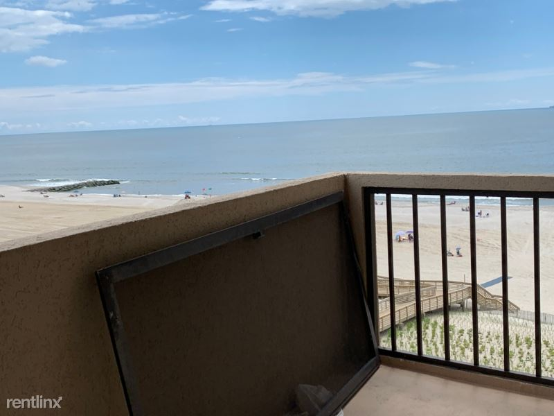 360 Shore Rd 8B, Long Beach, NY - $2,500 USD/ month