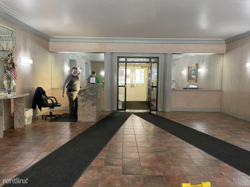 6938 Yellowstone Blvd Various, Forest Hills, NY - $1,875 USD/ month