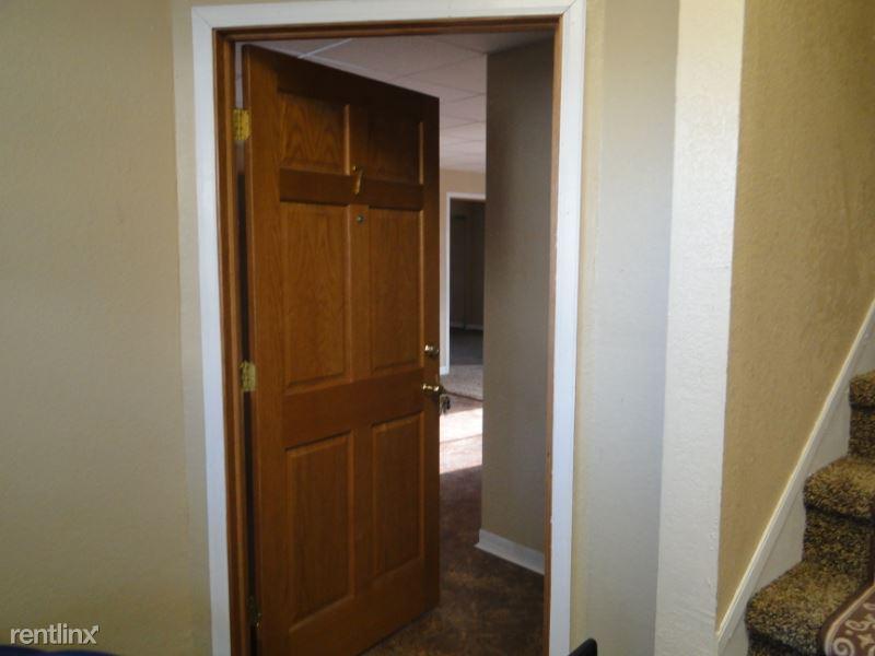 213 S 4th St. 7, Arlington, SD - $475 USD/ month