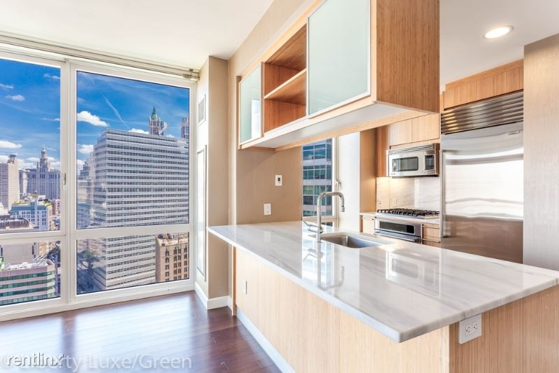 202 N End Ave, New York, NY - $8,013 USD/ month