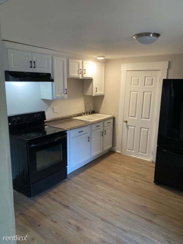 53 Prospect St 2, Franklin, NH - $1,250 USD/ month