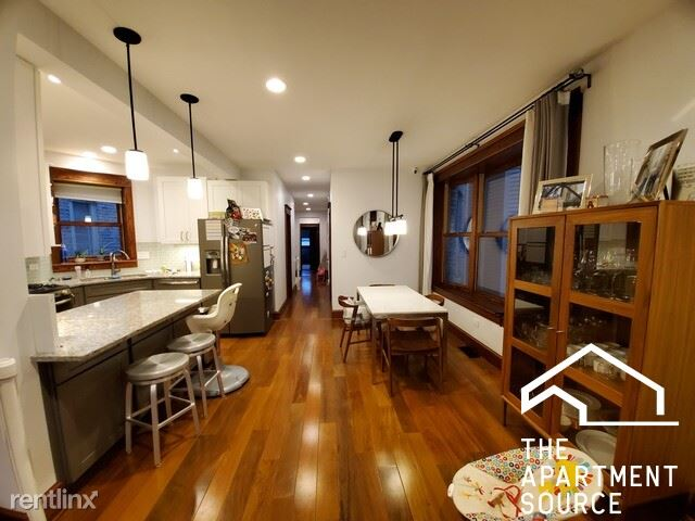1019 W Oakdale Ave, Chicago IL 1, Chicago, IL - $5,200 USD/ month