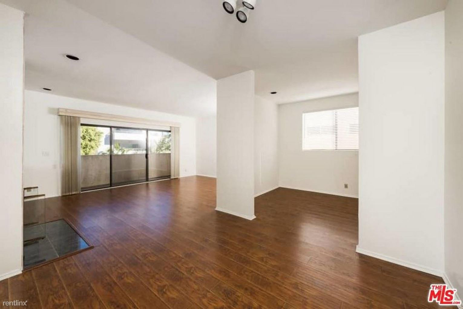 1741 Colby Ave, Los Angeles, CA - $800 USD/ month