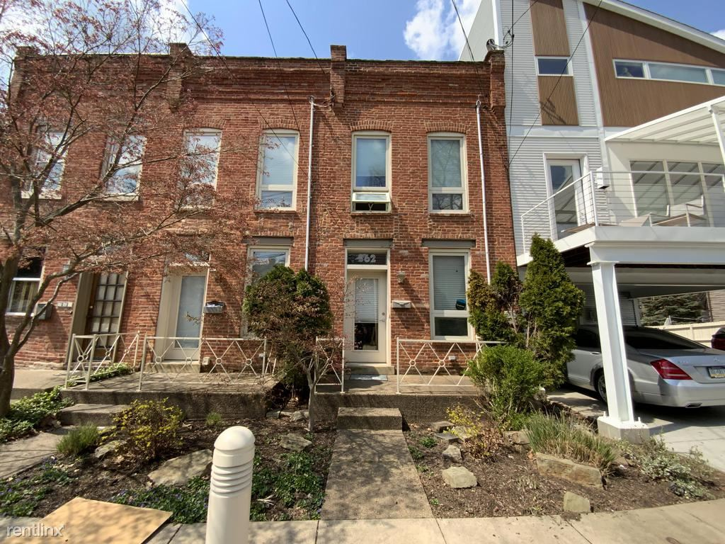 362 Lamont Pl, Pittsburgh, PA - $2,100 USD/ month