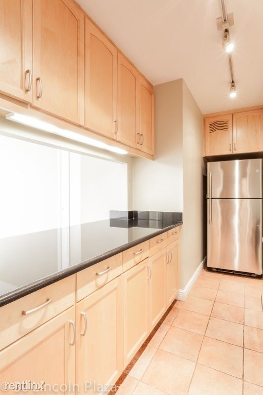 31 Lincoln Plz, New York, NY - $8,095 USD/ month