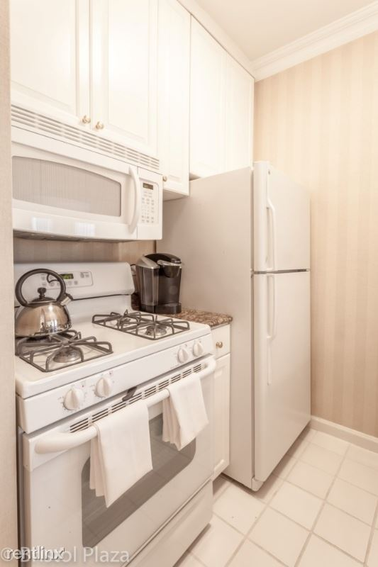 211 E 65th St, New York, NY - $10,400 USD/ month