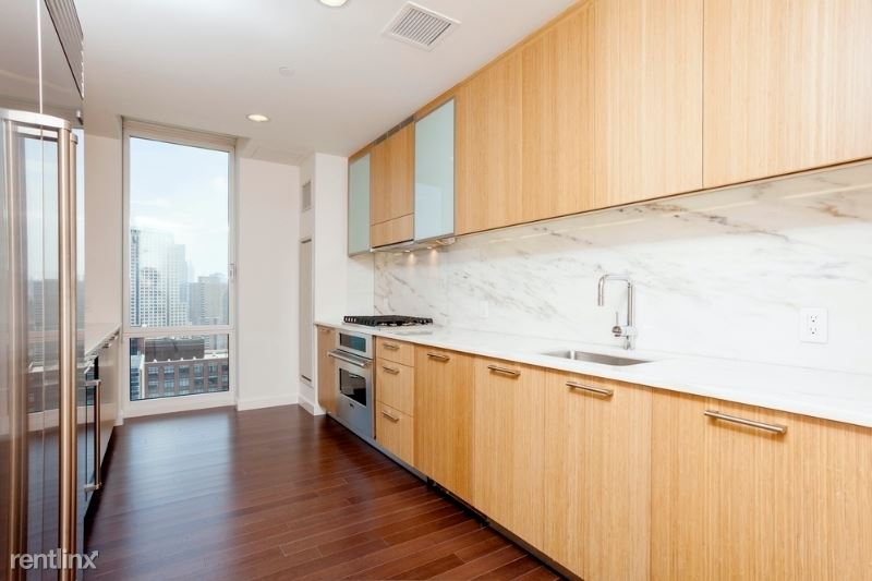 201 N End Ave, New York, NY - $25,900 USD/ month